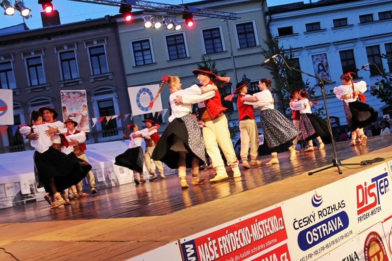 Frýdek-Místek roztančí Mezinárodní folklórní festival