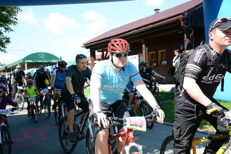 Zahájení cyklistické sezony na Olešné doprovodí bajková exhibice, program pro celé rodiny i charitativní sbírka kol