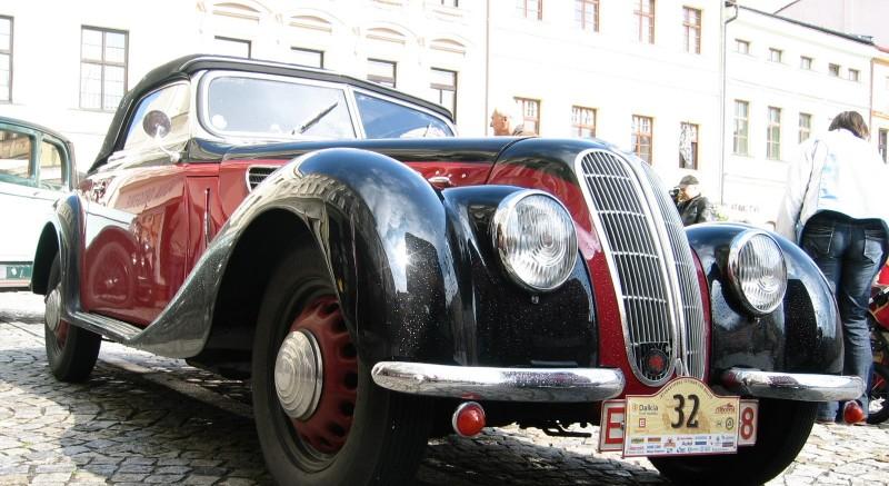 V Beskydech si dá dostavení na 160 historických vozidel