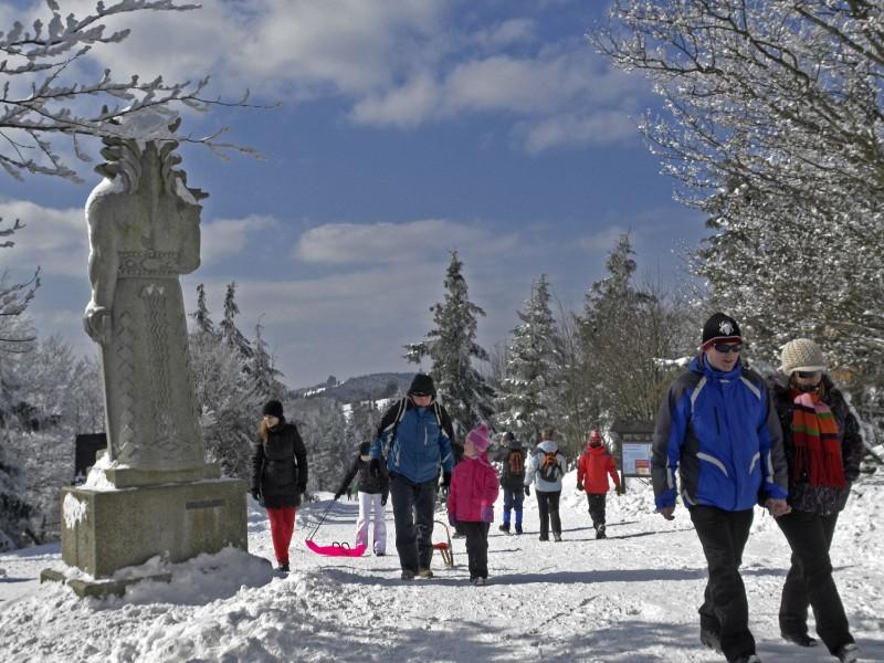 Zimní číslo novin Beskydy tourist info opět nabídne kompletní informace z Beskyd