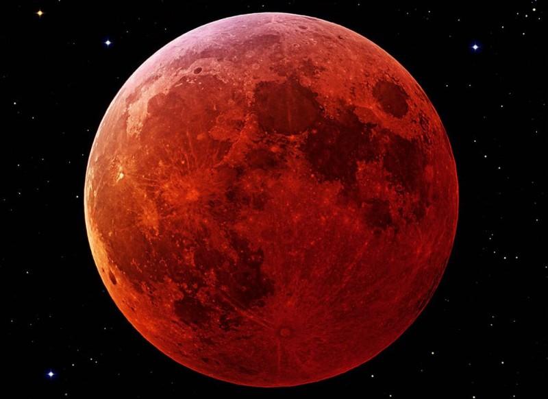 Úplné zatmění Měsíce dalekohledem!