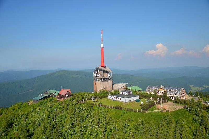 Bufet na Lysé hoře půjde v pondělí k zemi