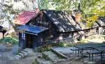 Nejstarší hospoda v Beskydech stojí na úpatí Lysé hory. U Veličků se pivo točí bezmála 200 let
