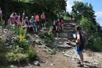 """V Beskydech pokračují atraktivní výstupy na nejvyšší vrchol, jít se dá s průvodcem i se """"zbojníky"""""""