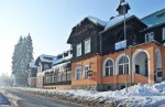 Zima v Beskydech začala, SUN OUTDOOR také na svahu u hotelu Horal ve Velkých Karlovicích