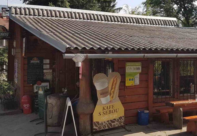 Nabíjecí stanice elektrokol - Restaurace U Pařezu, Čeladná
