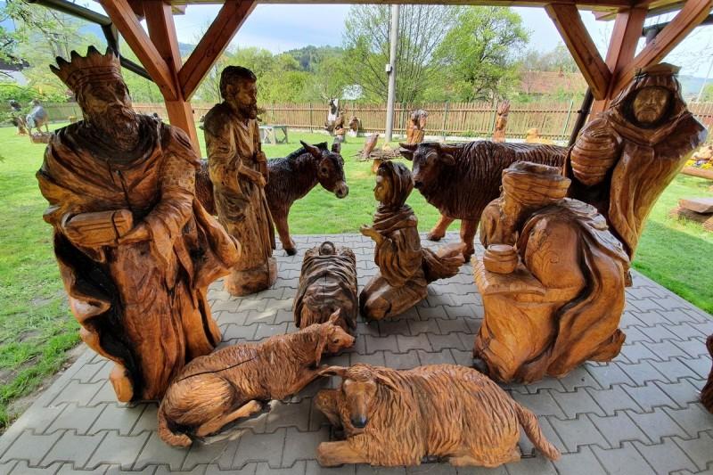 Ráj dřevěných soch, Ostravice