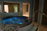 Indoor pool and spa – Hotel Odra